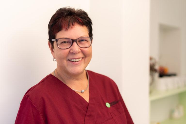 Lotte Gutsche - Assistenz und Prophylaxe